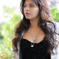 Anjali stills in Chitrangada movie