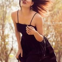 Pooja Tomar sexy photoshoot